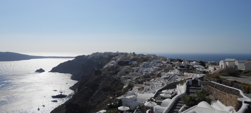 12km Walk Under the Boiling Sun – Santorini Style